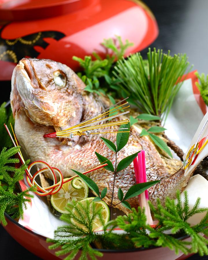 日比野のお祝いの鯛